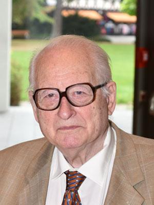 Dr. Claus Knapp-Boetticher